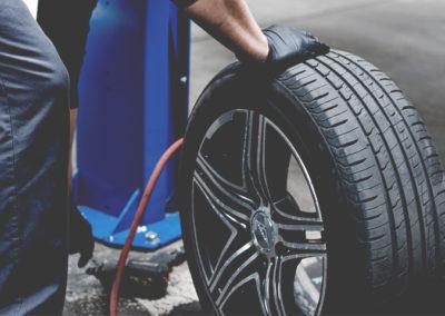 Pose et balancement de pneus
